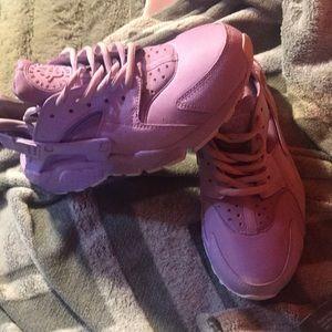 Nike Lavender huarache size 7